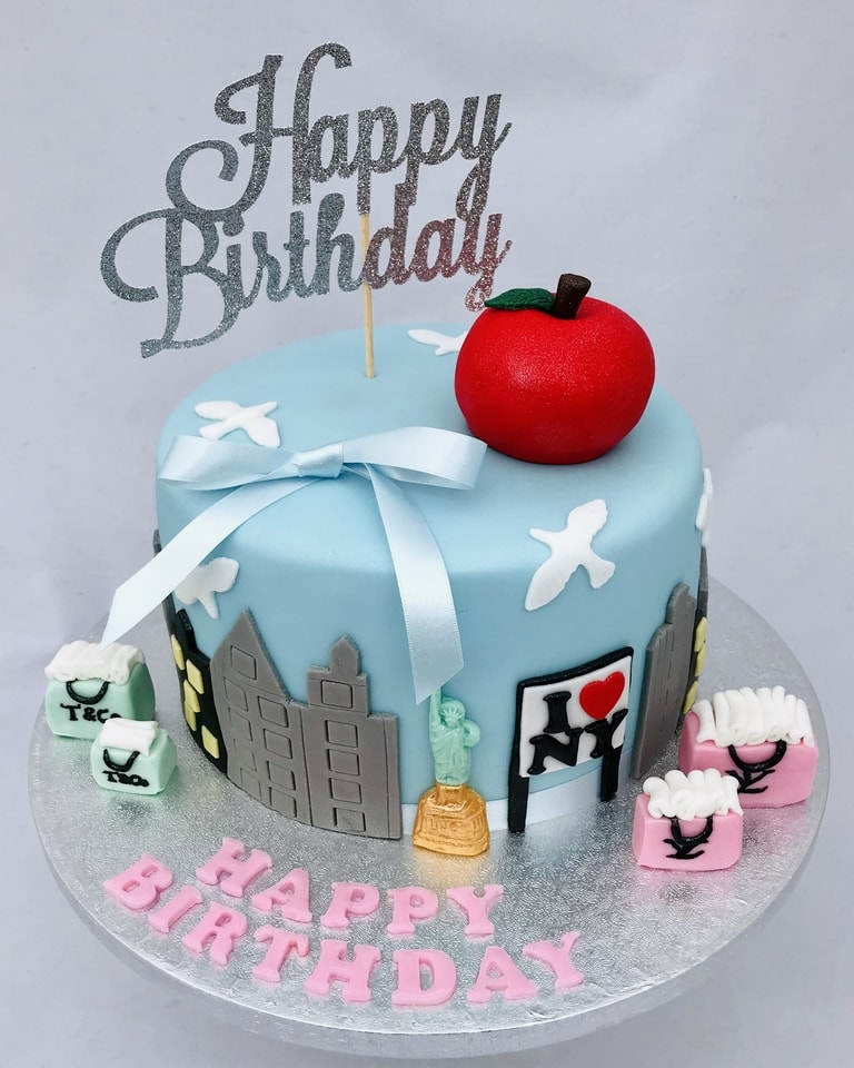 Adult Cakes 2 - Creative Cakes by Jenny