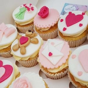 bespoke cakes kent